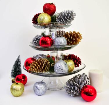 Etagere kerst sfeer beeld