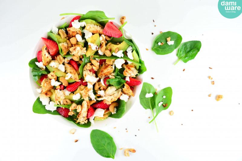 Spinazie Kip Salade met Aardbei en Avocado